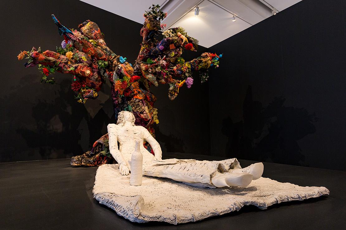 Niki de Saint Phalle : La mariée sous l'arbre, 1963-1964, Collection MAMAC, Nice, Donation de l'artiste en 2001